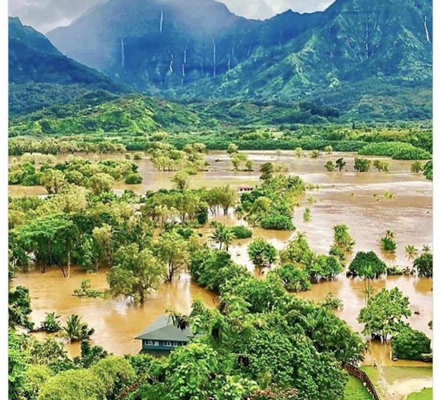 Kauai Enters State Of Emergency No Thanks To a Record Breaking Storm | Help Hanalei here