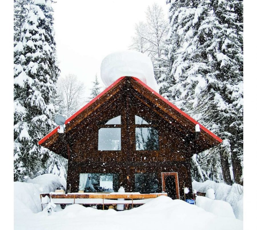 Snowboard Photographer Finds Paradise, Builds Off-grid Dream Cabin